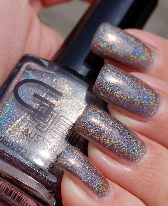 Spectrum Holographic Nail Polish: Dark Grey Holographic Holo